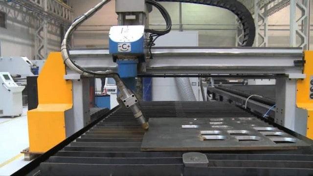 Máy cắt plasma CNC là gì