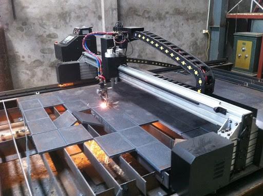 Những lưu ý khi dùng máy cắt CNC