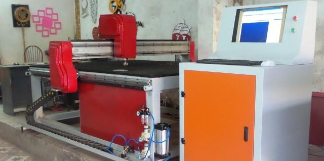 Máy cắt kính CNC và những góc nhìn về dòng máy công nghệ mới này 1