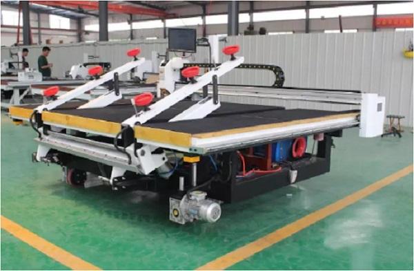 Máy cắt kính CNC
