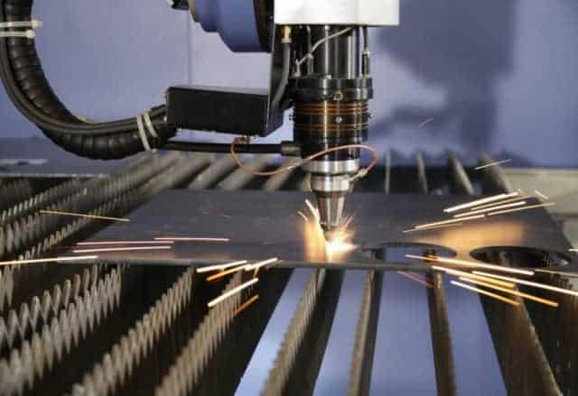 Máy cắt CNC Nhật Bản